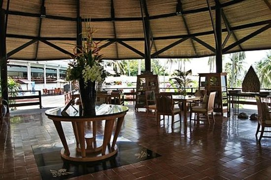 Cape Panwa Hotel:                                     Round House with swimming pool and Café Andaman in backgroun