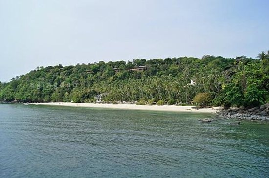 Cape Panwa Hotel:                                     longest sandy beach on Panwa Cape