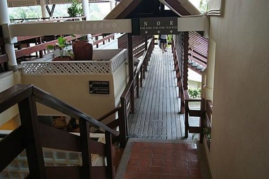 Cape Panwa Hotel:                                     going down to fitness room/Cape Lounge