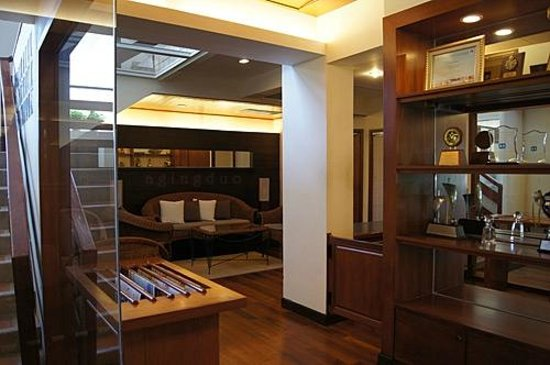 Cape Panwa Hotel:                                     Cape Lounge