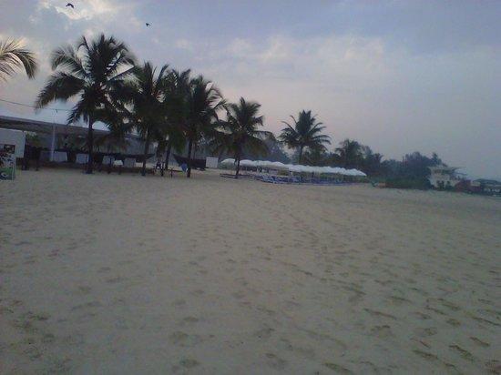 Holiday Inn Resort Goa:                   Beach View