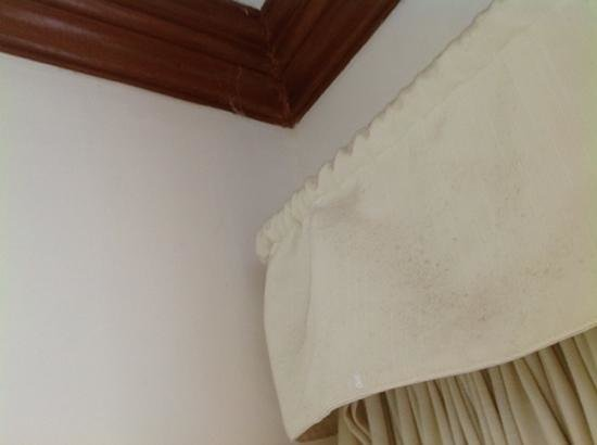 Hey! Jude Resort Hotel :                   Dirty curtains