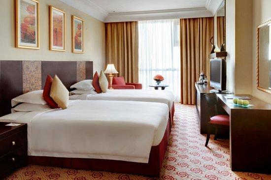 ZamZam Pullman Makkah : Suite Bedroom
