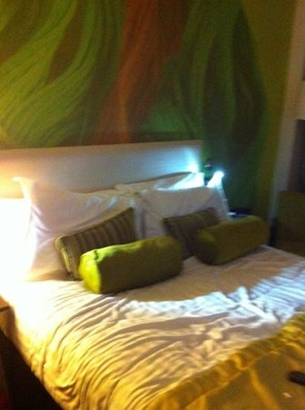 Hotel Indigo Liverpool:                                     our comfy bed