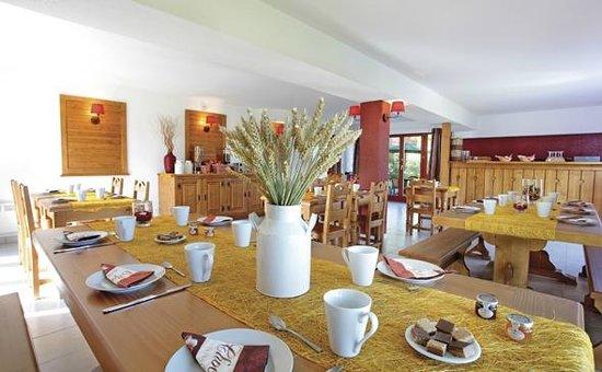 Park and Suites Evian Lugrin: Park&Suites Village Evian Lugrin - Breakfast