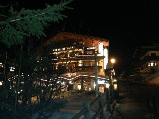 Hotel Sun Valley:                   Exterior