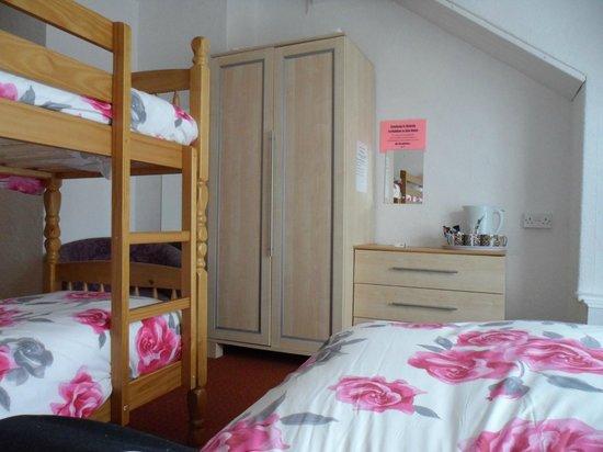 Danescourt Hotel: family room