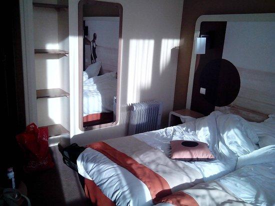 Hotel Red Fox :                                     Chambre
