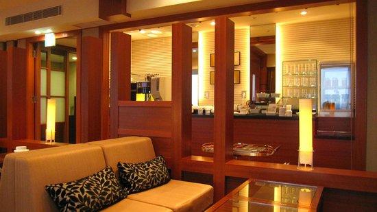 Hotel Granvia Kyoto:                   ラウンジ