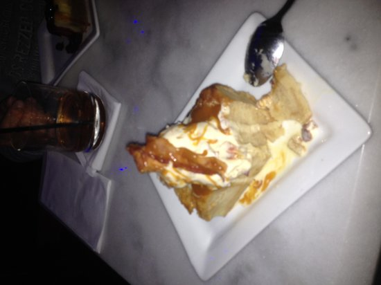 Epernay:                                     Dessert with bacon, the best
