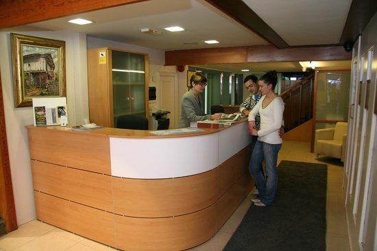 San Glorio Hotel: Recepcion