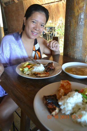 Balai Resort Anilao:                   Buffet Lunch