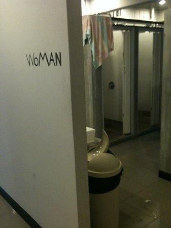 SOHOstel:                   view into bathroom from corridor