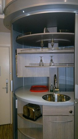 Simply Rooms & Suites: cucina a scomparsa