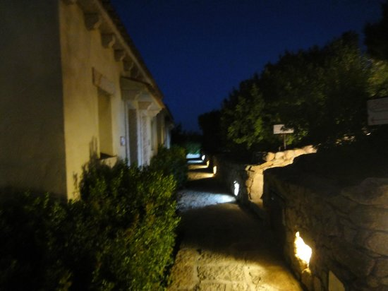 Hotel Li Finistreddi:                   ingresso