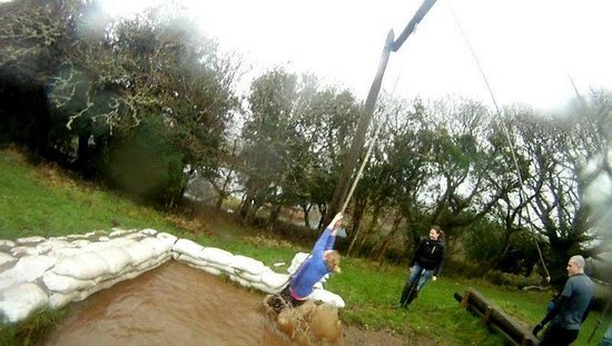 Eclipse Ireland Holiday Homes, Equestrian & Activity Centre:                                     Swing on assault course