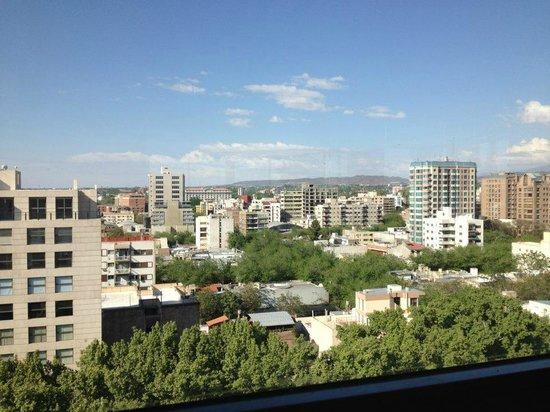 Premium Tower Suites Mendoza:                   Vista desde la terraza del hotel