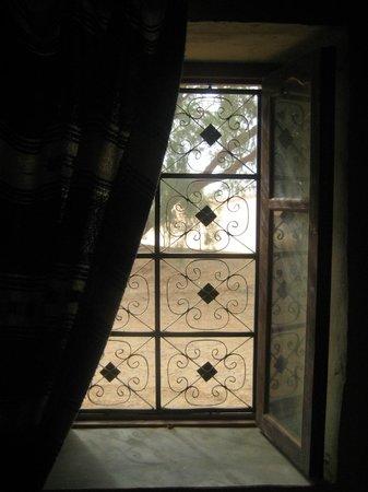 Auberge Les Pyramides:                   dalla camera