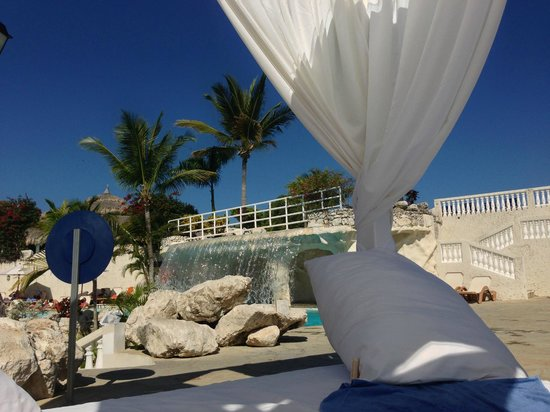 Cofresi Palm Beach & Spa Resort: Piscine réservez pour adulte