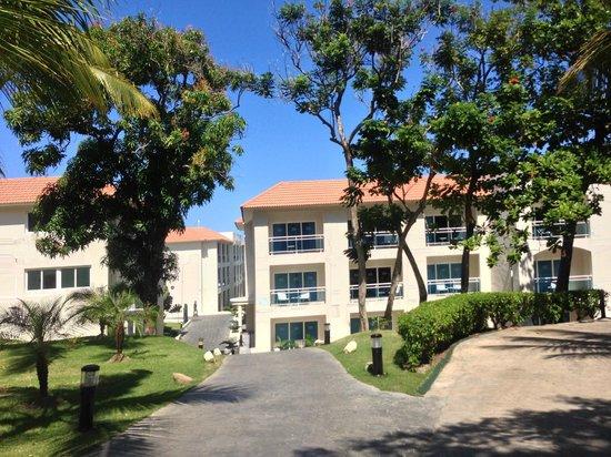 Cofresi Palm Beach & Spa Resort: Chemin entrée plage