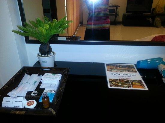 True Siam Phayathai Hotel:                   Suite