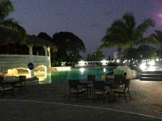 Cofresi Palm Beach & Spa Resort: Terasse 5 à 7 soir