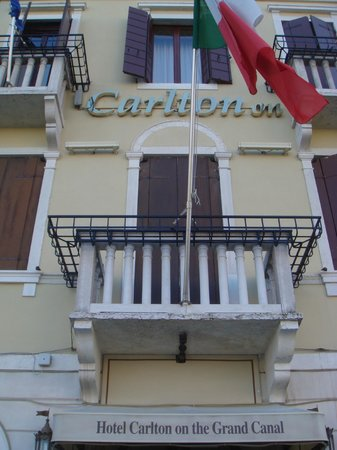 Hotel Carlton on the Grand Canal: esterno