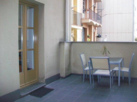 Apartments BarcelonaGo:                   terrazzo