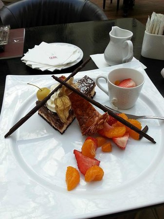 Sheraton Grand Krakow:                   The 'Ambassador' - the cake of the day at the lobby bar
