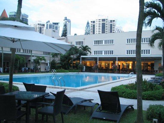 afternoon tea picture of goodwood park hotel singapore. Black Bedroom Furniture Sets. Home Design Ideas
