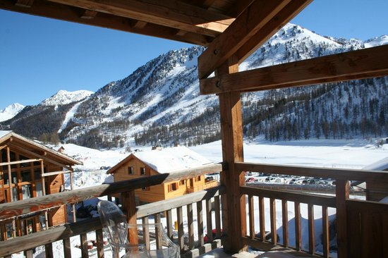 Hotel Le Chalet Blanc :                   View from balcony