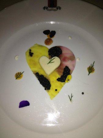 La pré-entrée à base de racine de persill, caviar..
