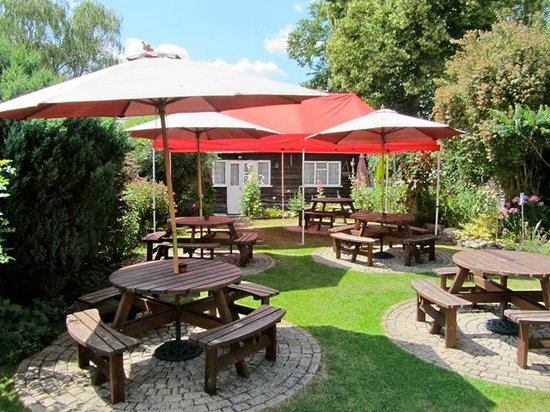 The Churchill Arms with Tutu's Thai: Perfect for a jug of Pimms.