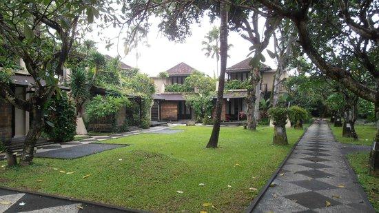 Segara Village Hotel:                   hotel grounds