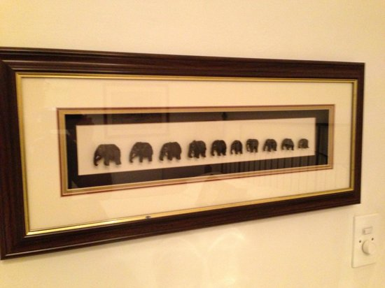 "15 Welgemeend Street B&B:                   Wandbild ""Afrika/Elefanten"""