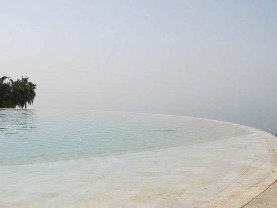 Kempinski Hotel Ishtar Dead Sea:                   06