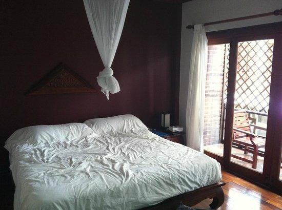 إنثيرا فانج فينج:                   room                 