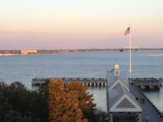 Harbourview Inn:                   Charleston Harbour from the Roof