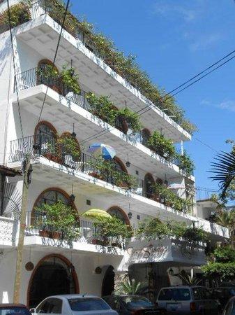 Hotel Casa Dona Susana:                   Front of Hotel with all balcony units-