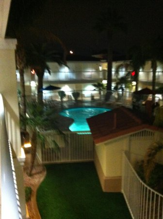 Red Lion Inn & Suites Phoenix-Tempe: Neat pool area
