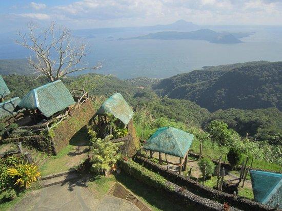 Taal Volcano :                                     Домики для пикника
