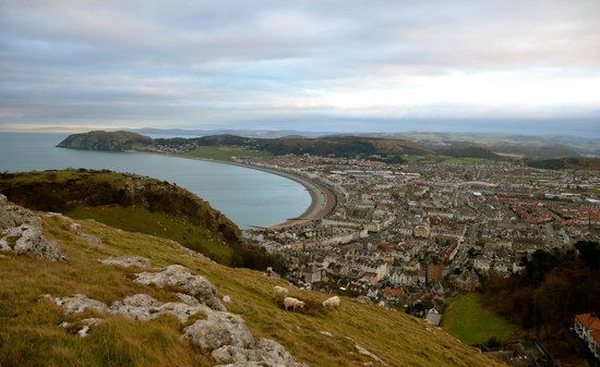 ลันดิดโน, UK: Views from the Great Orme