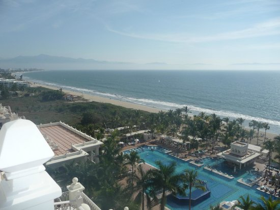 Hotel Riu Palace Pacifico: Ocean / beach to the south