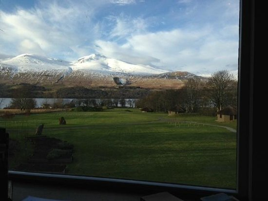 Ardeonaig Hotel:                   View from the library toward the loch and lodges in grounds