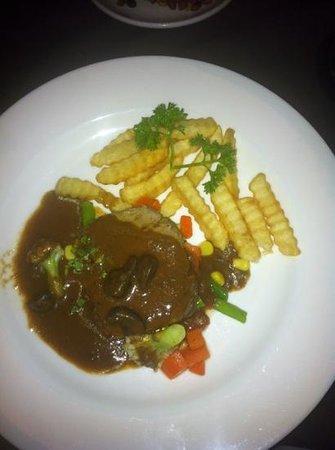 Rib Restaurant :                   Filetsteak mit Pilzen im RIB