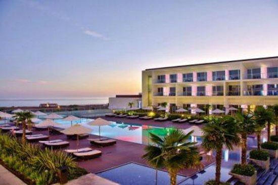 Hotel enseada meia praia webcam
