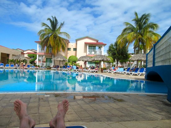 IBEROSTAR Tainos:                   Couldn't get enough of the pool