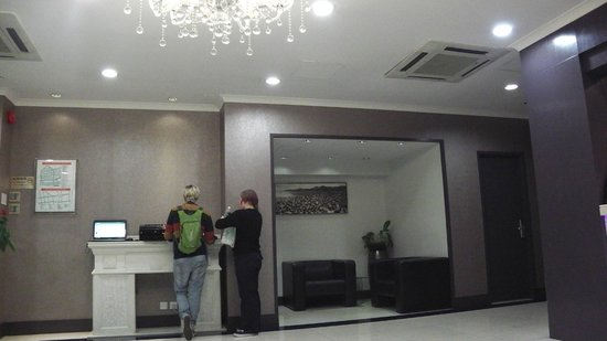 Goodrich Hotel:                   Sit a while at the lobby before going out...