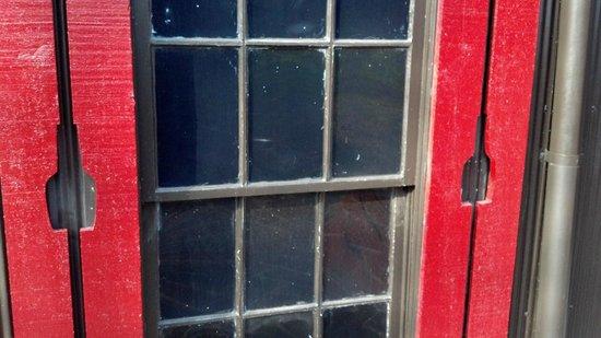 Maker's Mark:                   The shutters                 
