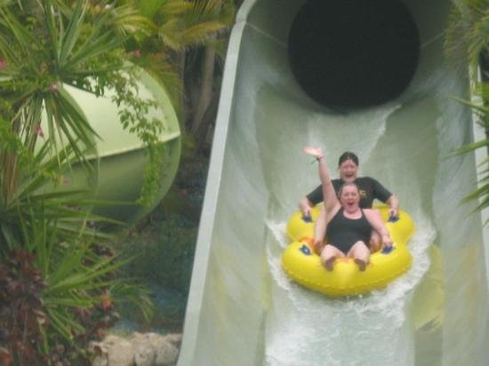 Siam Park : coming down one of the snakes